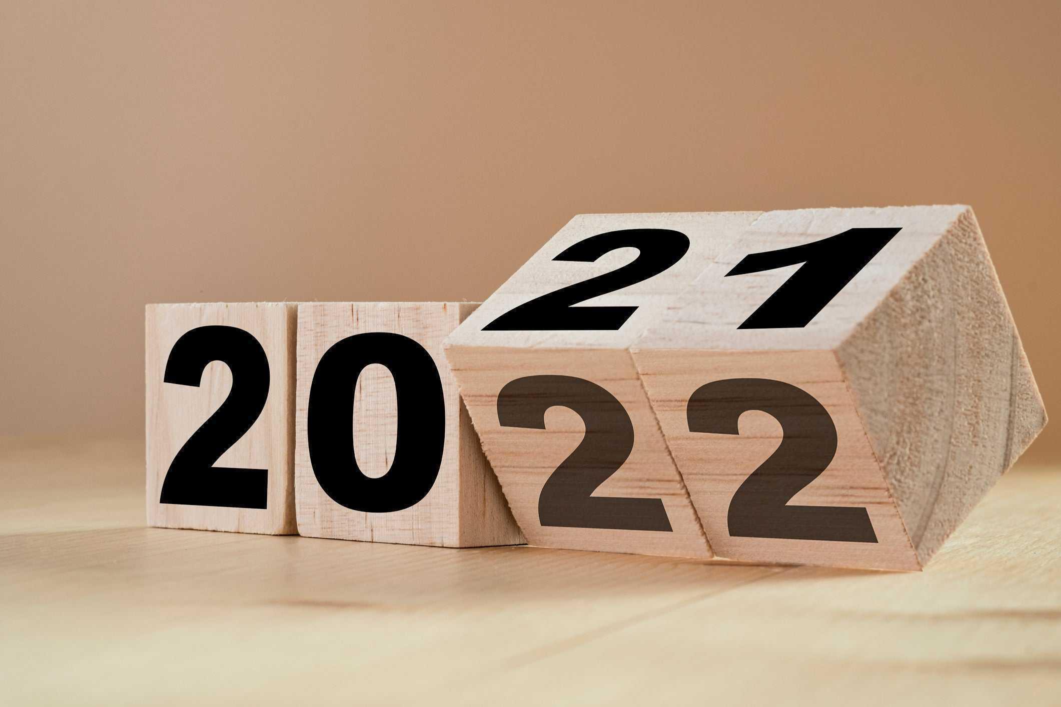 چشمانداز اقتصاد جهان و بازار بیمه در 2022 –2021